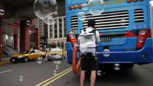 3. Rubbing the City_Beautiful Dirty Bubble